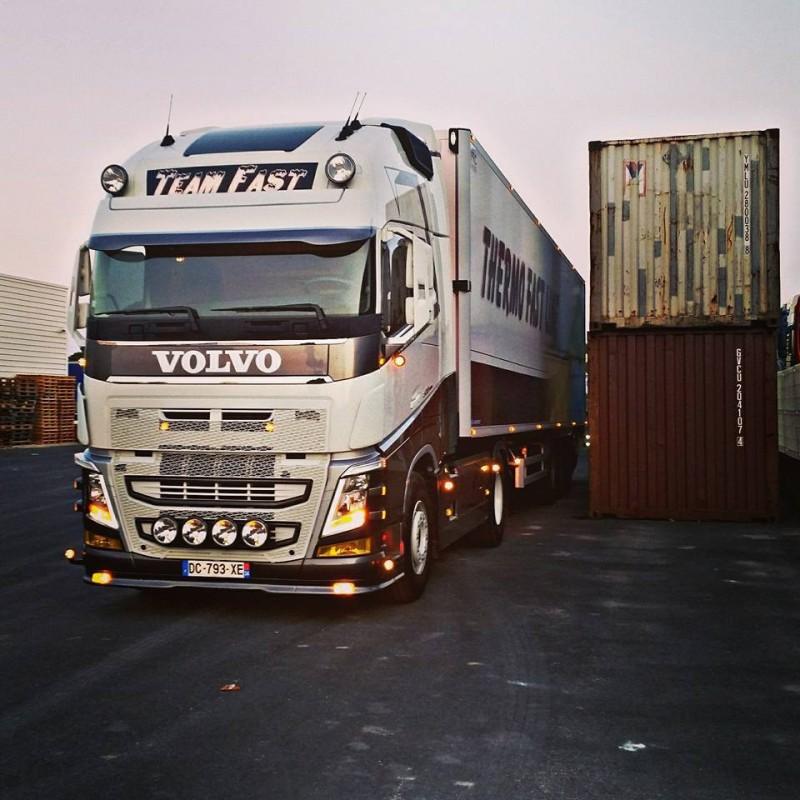 Plaque de lissage calandre Volvo FH4