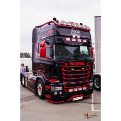 Visière Polyester Scania 350mm